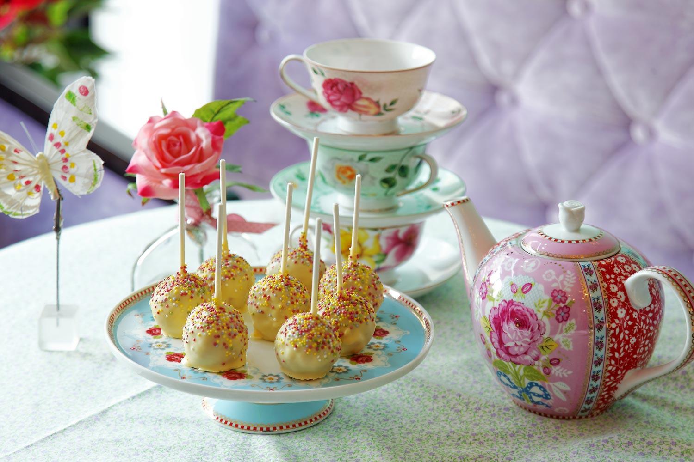 Emmas-Cupcakes-Nice-Cakes-Popcakes-Cupcakes-slider1