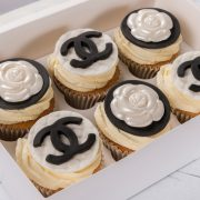 emma-cupcakes-box-chanel